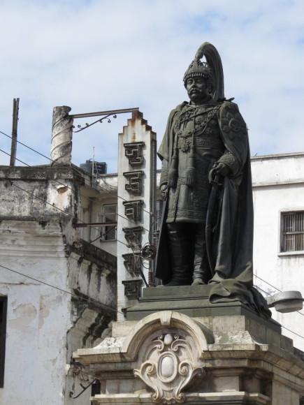 Juddha Salik - Перед входом на площадь Дурбар