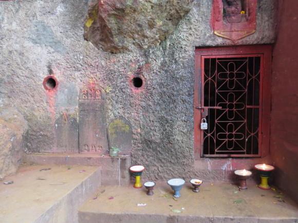 Пещера Падмасамбхавы